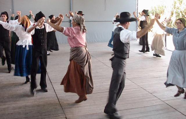 dança traditional portuguesa